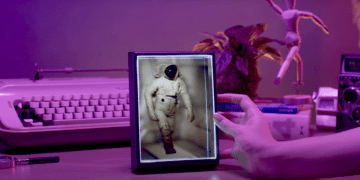 Looking Glass Portrait 3D Holographic Display